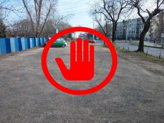 Megbüntetik azt az autóst, aki a Gundel iskola elé parkol!
