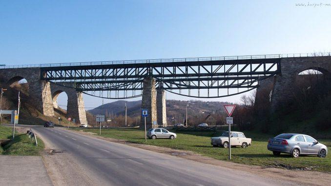 Biatorbágy viadukt. Jól mutatna rajta egy szerelvény /Fotó: karpat-medence.hu/